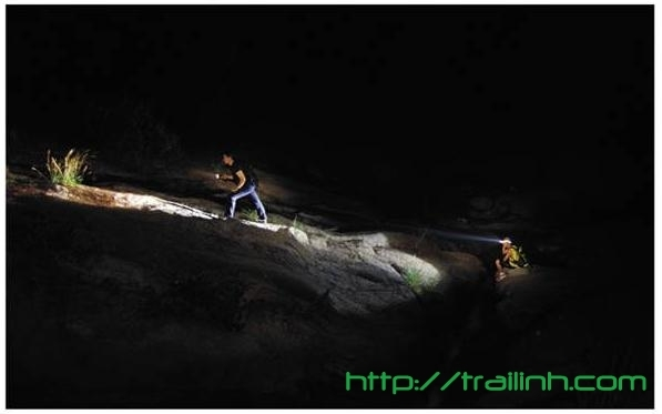 Đèn superbeam cho các cuộc thám hiểm, tìm kiếm cứu nạn